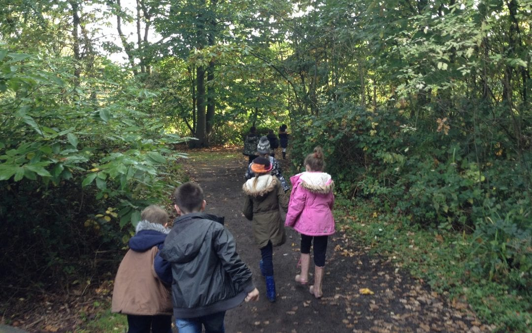 Year 3 travel back in time to the Stone Age!