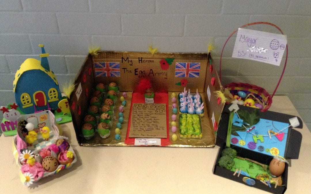 Year 5 eggcel at decorating eggs!