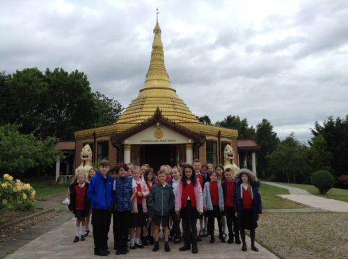 4J visit the Peace Pagoda